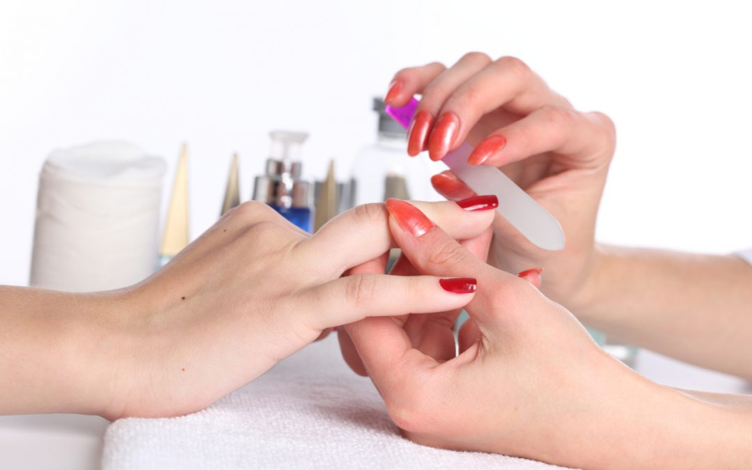 Steps to take care of your nails and hands